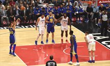 Los Warriors ganan a los Clippers en L.A. anotando 141 puntos