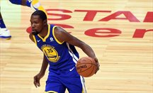 Kevin Durant dinamitó el Lakers-Warriors en la prórroga