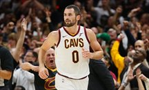 Partidazo de Kevin Love ante Milwaukee