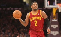 Kyrie Irving anotó 39 puntos ante Sixers