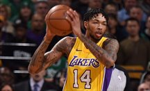 Ingram anotó 26 puntos en el Lakers-Spurs