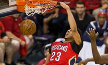 Espectacular duelo ofensivo entre Anthony Davis y Russell Westbrook