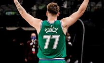 Triple-doble con 30-20 para Doncic en la victoria de Dallas ante Wizards