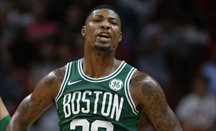 Marcus Smart sigue sin equipo