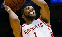 Corta estancia de Carter-Williams en Houston