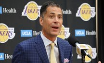 Rob Pelinka, general manager de Lakers