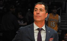 Pelinka y Magic Johnson están saliendo mal parados en la guerra de los Lakers