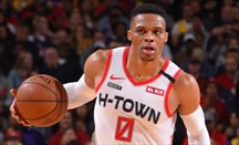 Houston vence en la prórroga a Boston con 41 puntos de Westbrook