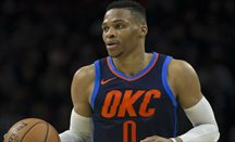 Westbrook hace su 24º triple-doble de la temporada y James su 17º