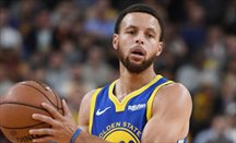 Curry hizo un gran triple-doble