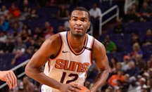 T.J. Warren anota 35 y Elfrid Payton logra un triple-doble