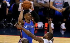 Russell Westbrook anotó 44 puntos ante Pelicans