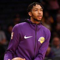 Ingram brilló en el Staples Center