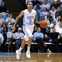 Marcus Paige anotó la canasta decisiva en el North Carolina-Louisville
