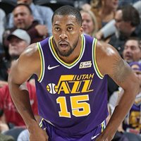 Derrick Favors brilló ante Houston
